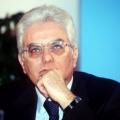 Mattarella: presto il nuovo governo. Ipotesi Renzi bis