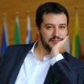 Politica, Salvini in piazza contro lo ius soli: 'Noi il futuro'